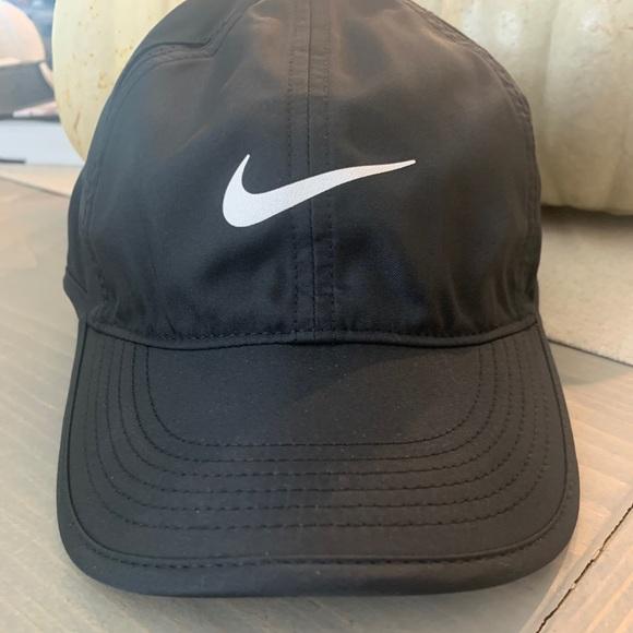 Women's Nike Running Hat